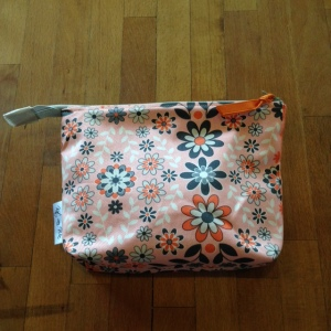 33-Hexipuff bag 1 front